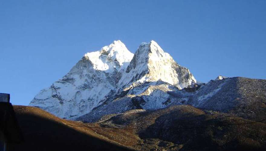 Lobuche Peak Climb with Everest Base Camp Trek