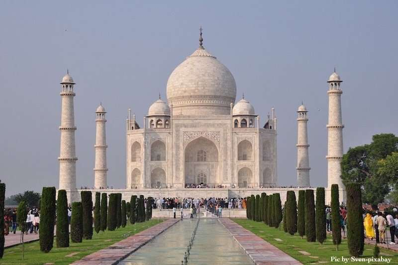 The Taj Mahal in Agra is a highlight of any Golden Triangle trip in India